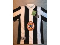 BRAND NEW WITH TAG Retro Newcastle United 1996 top size S