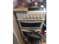 Gas cooker: indesit; hob, oven and grill; second hand; not beautiful, but still works