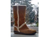 Hardly Worn, Ladies UK 5/6, Sheepskin Boots (Sand/Beige/Caramel/Camel, 100% Leather Suede Uppers)