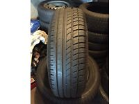 4 x Avon ZV5 205/65 R15 94V Tyres. Nearly New
