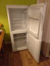 60/40 Fridge Freezer - ESSENTIALS CE55CW13