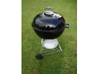 Weber 57cm Kettle Charcoal Barbecue
