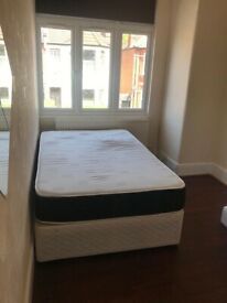 Lovely furnished double room available at Kilburn,NW2 6UJ,ZONE 2 WITH 520PCM