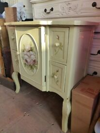 Painted cabinet floral design