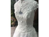 Wedding Dress. Size 12. Justin Alexander