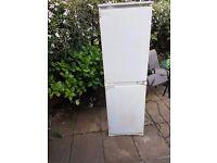 Working fridge and freezer (build in)