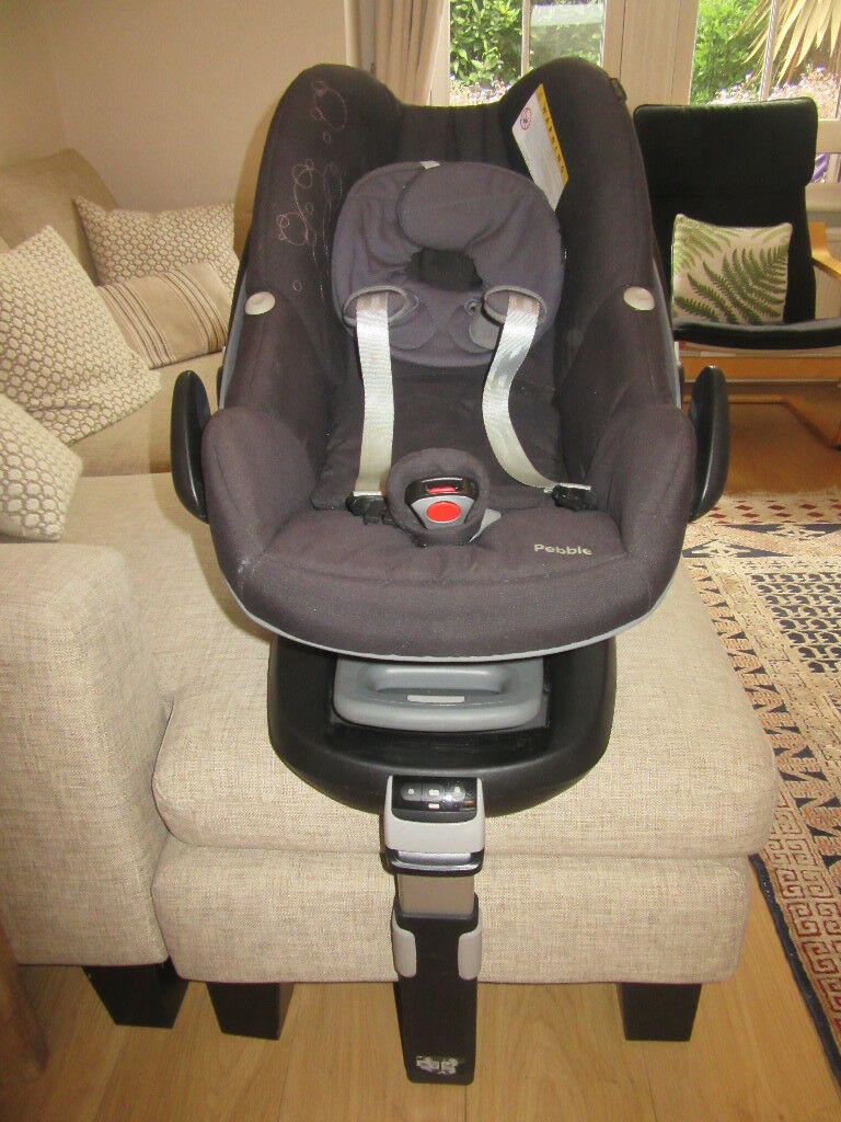 maxi cosi pebble with isofix base