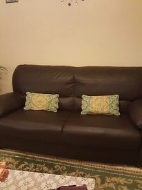Nice leather sofa still good condi tio nonly 2years old irst one came first serve pls