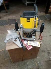 """DeWalt DW624 1600W 1/2"""" Plunge Router 240v with homemade box & accessories"""