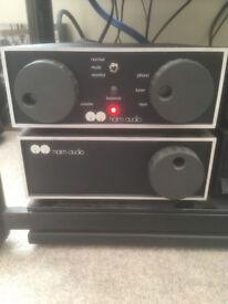 Naim Audio NAP 110 & NAC 42 + grey SNAIC Cable Serial numbers 4*** Circa 1982