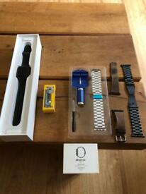 Like New!! Apple Watch series 2 42mm Space Gray
