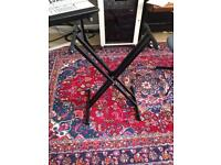 X-Frame keyboard stand suitable for up to 88key board