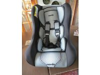 Nania Trio Car seat from birth to 25kg. Group 0-1-2. Nearly new.