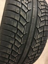 Achilles Desert Hawk UHP 285/35 R22 110V XL Tyre (From a Range Rover)