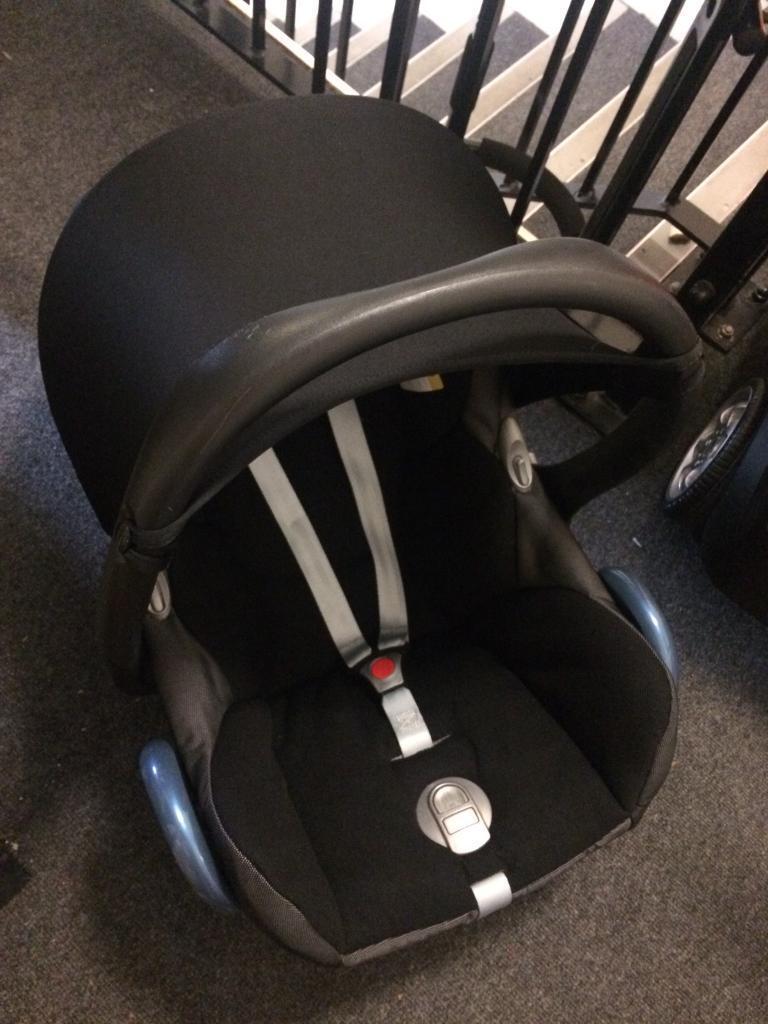 Maxi Cosi Cabriofix Baby Car Seat Sun Canopy O Excl Condition Black