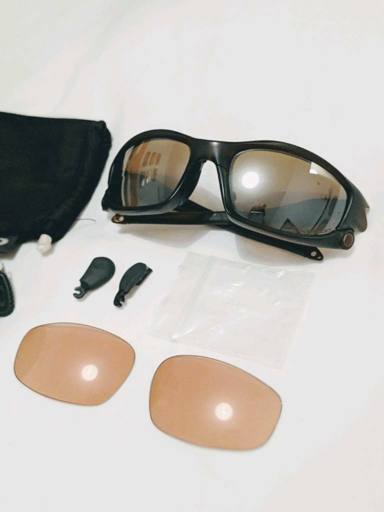 Oakley polarised split jacket sunglasses with spare VR50 lenses   in ... 9a232eea58f8