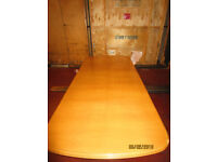 Just REDUCED: Wood Dining Table and Chairs In Great Condition
