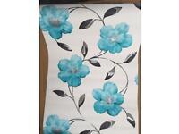 5 rolls of new wallpaper