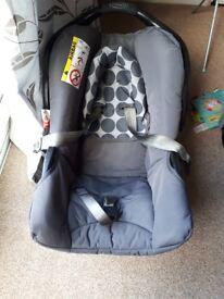Graco car seat 0 - 9 kg wirh isofix