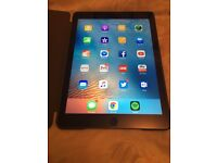 iPad Air 2 64GB wifi + 2 cases + stylus + screen protector // mint condition