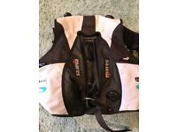 Mares Kaila BCD size large