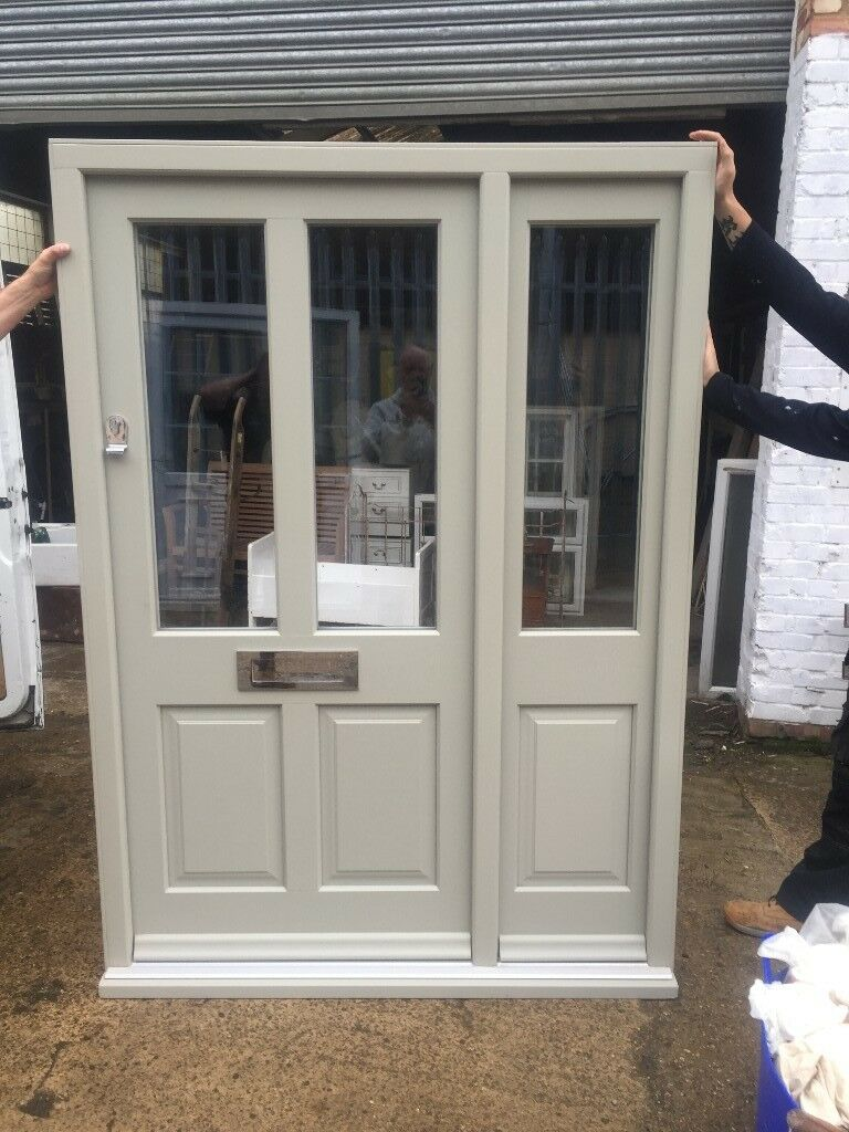 Elegant Wooden Front Door With Side Panel In Aston Clinton Buckinghamshire Gumtree