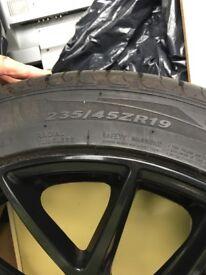 4 x black alloy wheels
