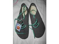 BNWT Genuine Birkenstock leather shoes, Made in Germany, size UK9