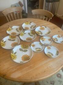 Alfred Meakin England Sunflower plates