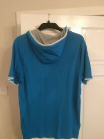Ted Baker royal blue mans hooded T Shirt in size 5 (XL)
