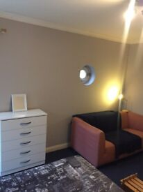 PROMO PRICE! HACKNEY - 2 COMFORTABLE DOUBE ROOMS IN ONE FLAT at EASTWAY