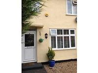 2 Bedroom House Chigwell for 3 bedroom Essex