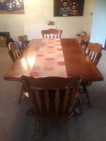 Oak extendable dining room table