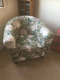 Tub chair