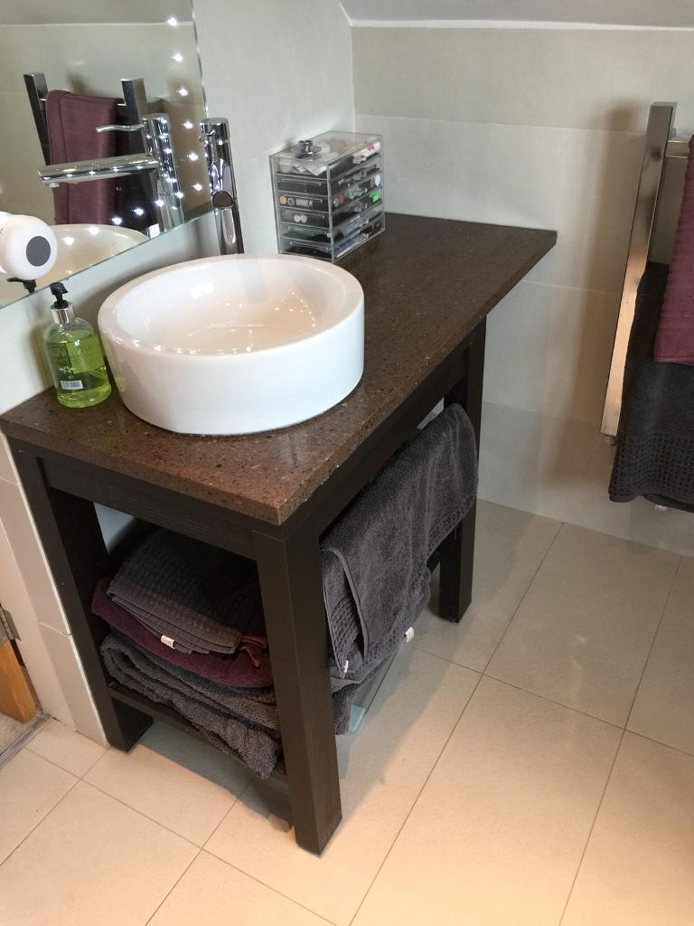 Vanity unit with sink and tap