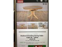 Extendable Oak Hudson Table