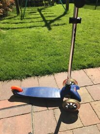 Mini Micro Scooter - blue. Age 3-5 Excellent condition. Full working order