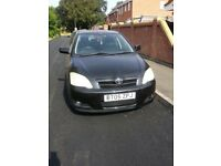 TOYOTA COROLLA 1.4 T3 VVTI 05 REG IN METALLIC BLACK WITH 107K AND 11 MONTHS MOT