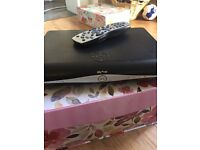 Sky Hd box with remote and cable