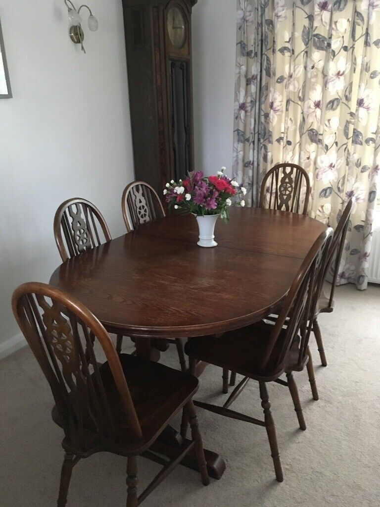 Old Charm dining set with 8 chairs and extending table ...