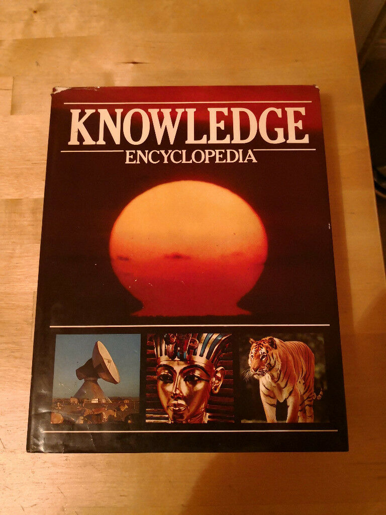 Knowledge encyclopedia. Natural history, technology and scientific facts.  50p