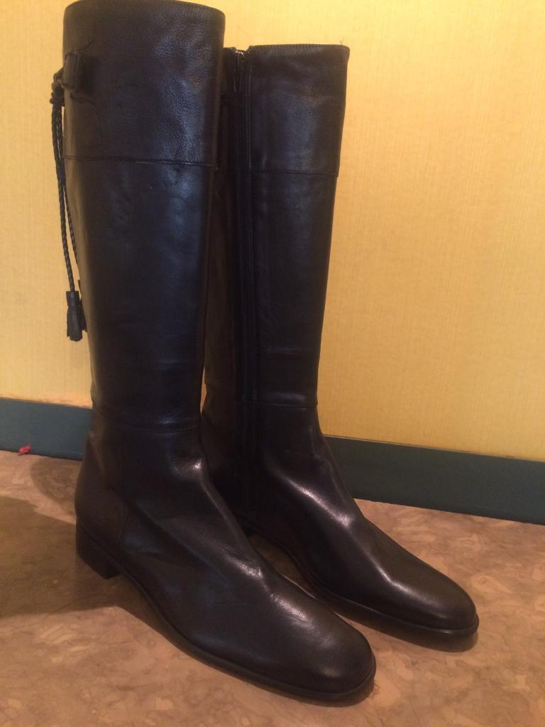 Russell and Bromley Boots