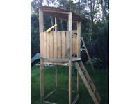 Wood climbing frame