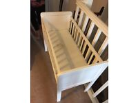 Mothercare Hyde Baby Crib + Air Flow Matterss