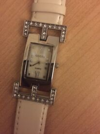 Gucci ladies watch white leather strap