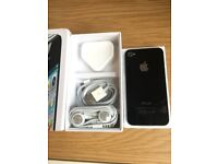 Apple iPhone 4s 16GB Immaculate Condition Factory Unlocked Worldwide and Original Box