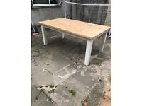 Stunning solid pine table 6ft