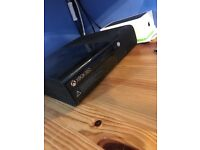 Xbox 360 E 250gb black. With 2 controllers and Far Cry 4