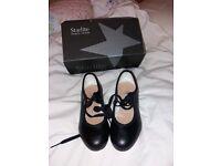 Starlite black tap shoes size 11