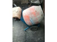 Belle honda petrol cement mixer